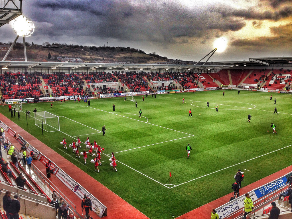Rotherham And Ipswich Fans Exchange 'To Me, To You' Chants ...